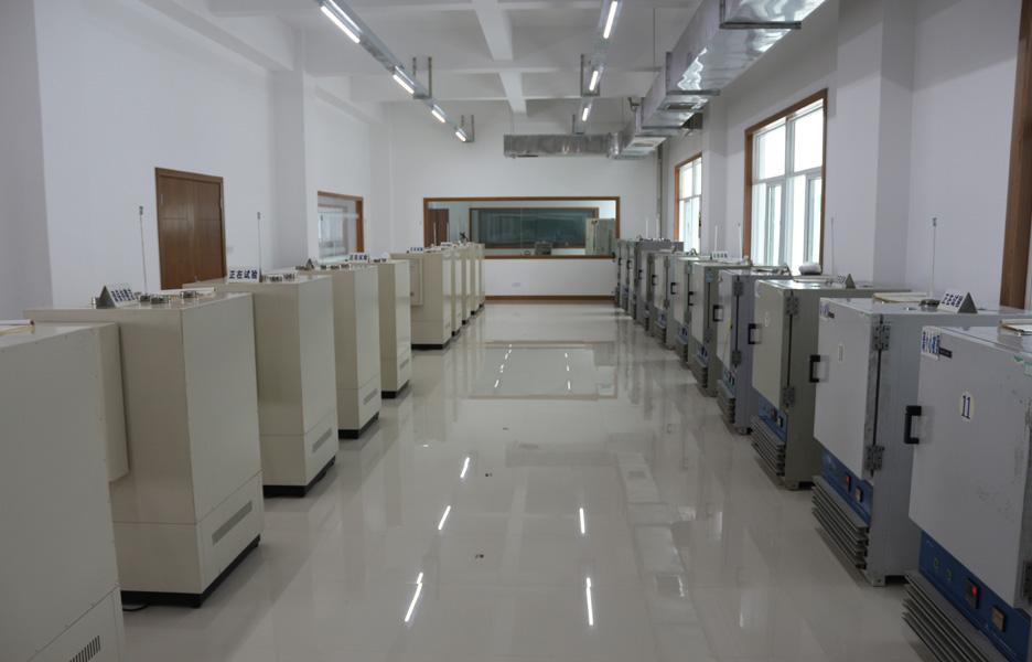热老化试验室